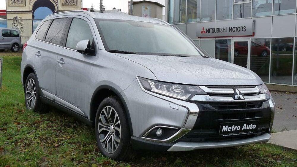 Mitsubishi CUV  Evowrap