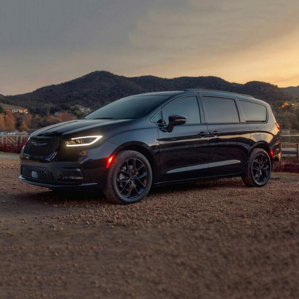 Chrysler Pacifica  Evowrap